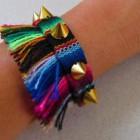 pulsera de tela etnica y con tachuelas