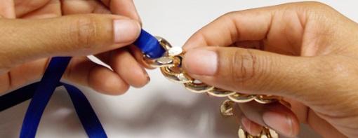 Hacer pulseras con cadenas y lazo