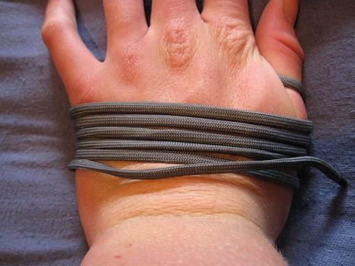 Hacer pulseras de doble nudo